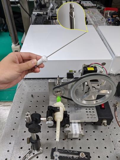 Intelligent image-guiding needle puncture